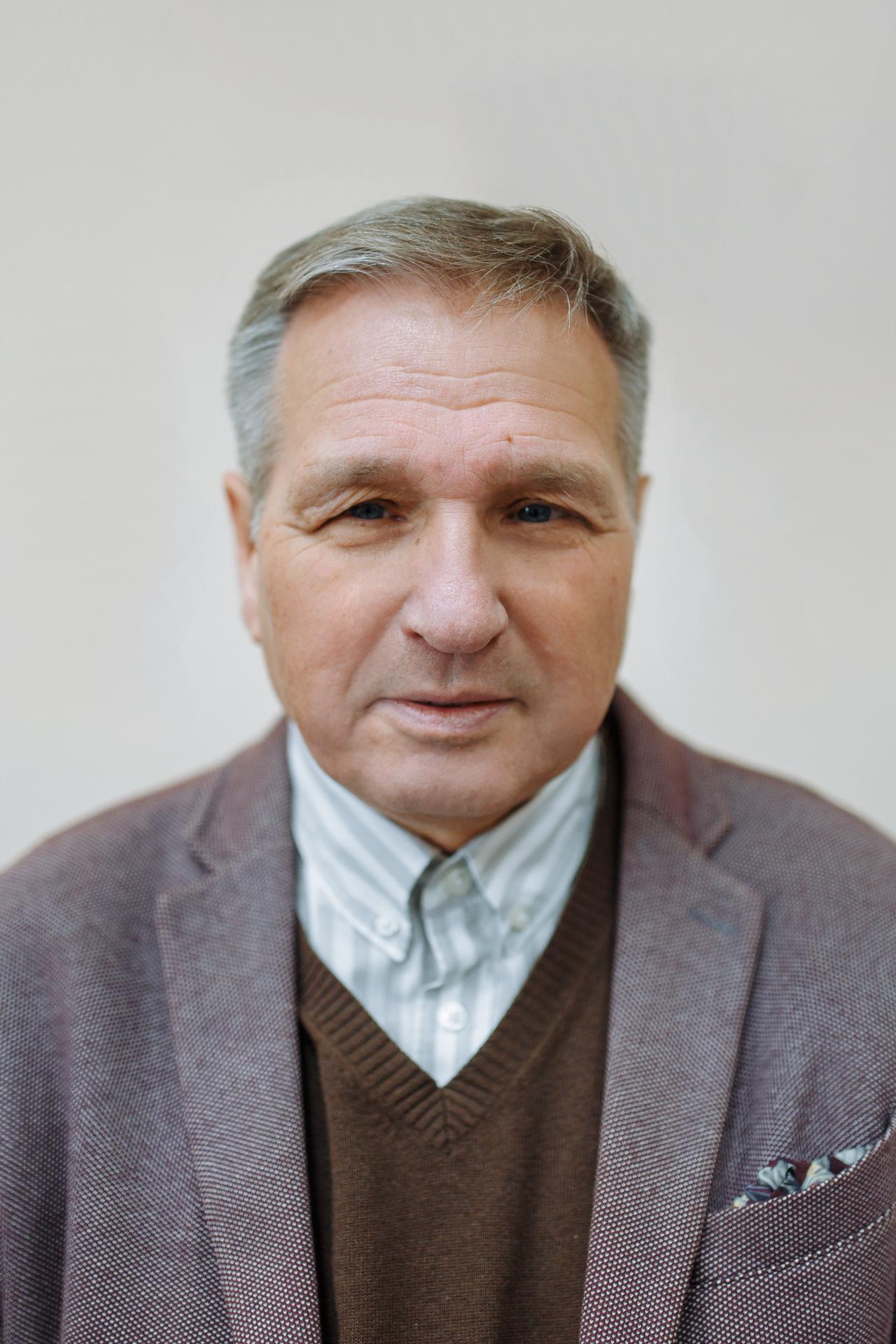 Балашов Лев Дмитриевич